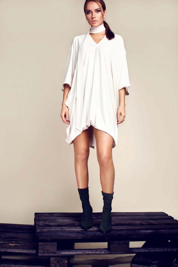 Loose dress, maternity dress